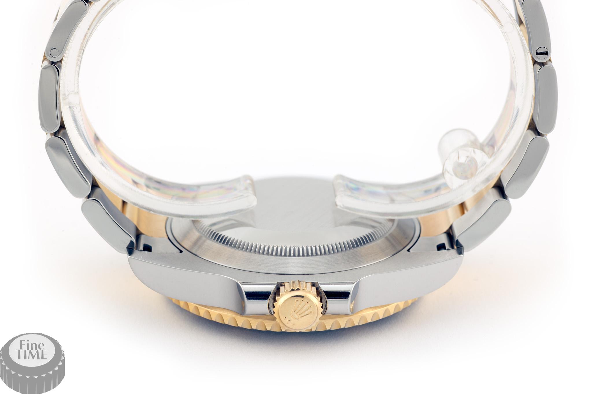 Rolex Submariner 116613LN crown